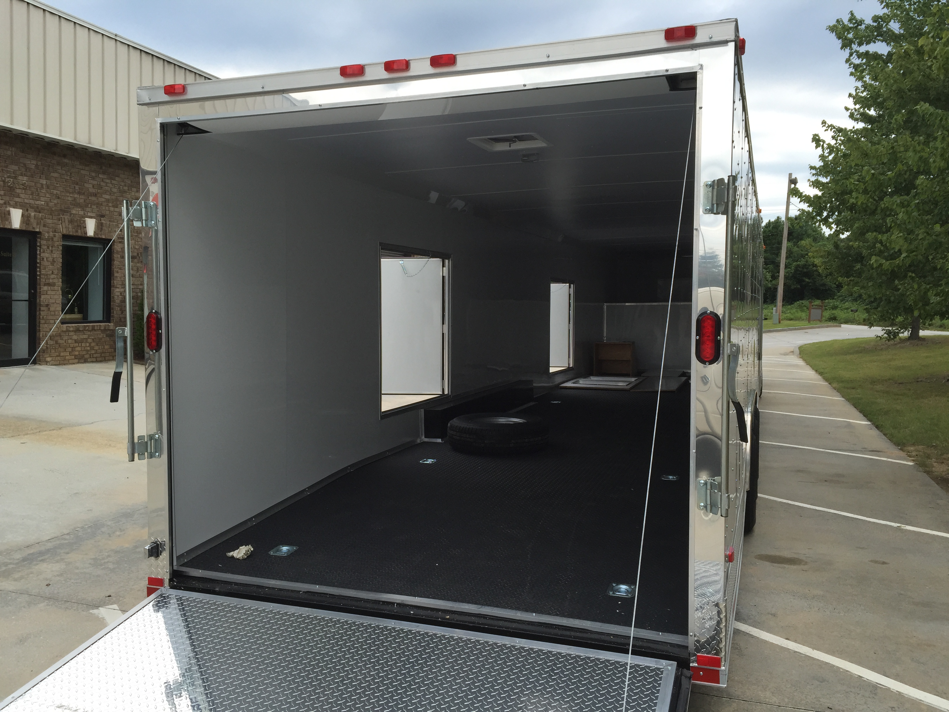 Freedom 44 Enclosed Gooseneck Trailer